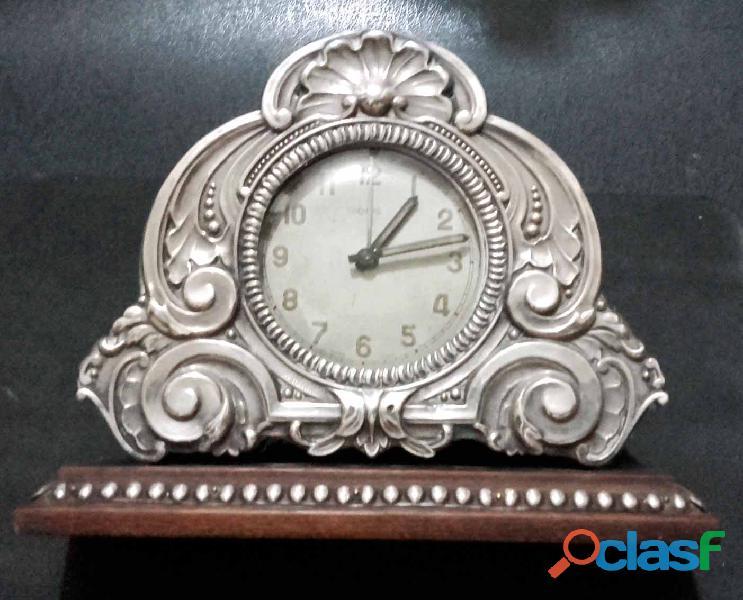Relógio de mesa antigo.Jacaranda e prata