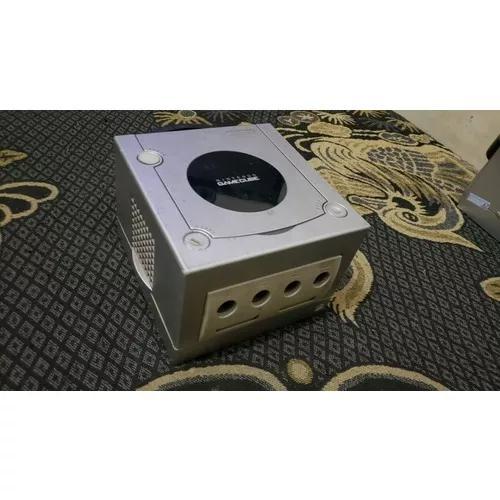 Nintendo game cube prata só o console funciona mas leia obs
