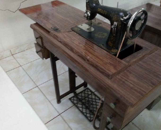 Máquina de costura reta pfaff 31 antiga completa