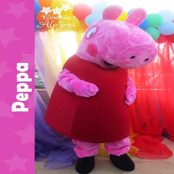 Personagem vivo: peppa pig