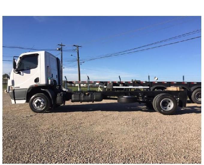 Caminhão mercedes benz 10162017 r$ 12.000 + parcelamento