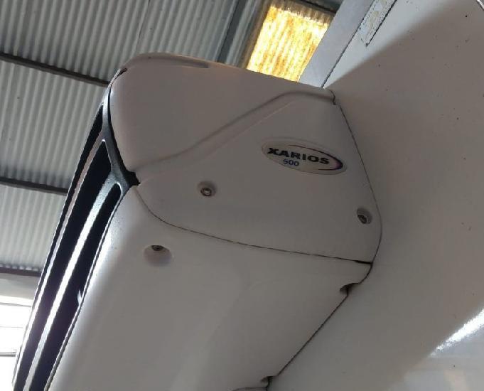 Baú frigorífico gancheiro 2012 para caminhão 34