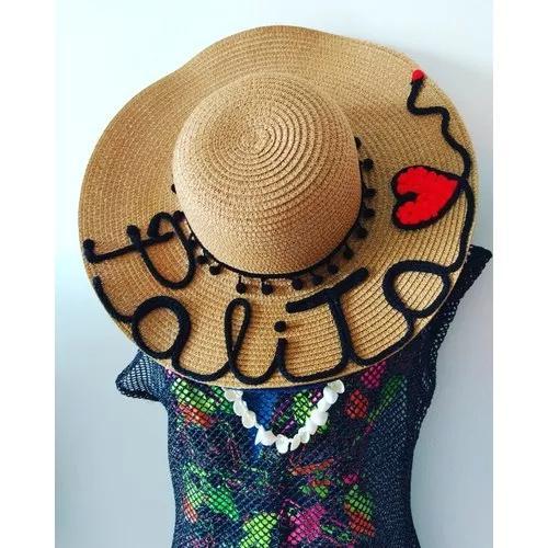 Chapéus e bolsas personalizadas