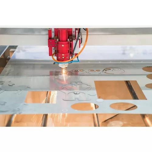 Corte gravação a laser e impressão 3d