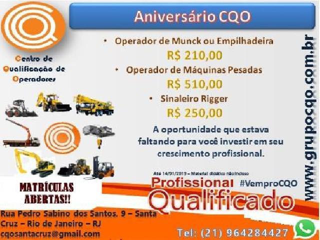 Promoção cursos de máquinas pesadas