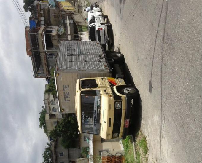 Caminhão baú mb 708e