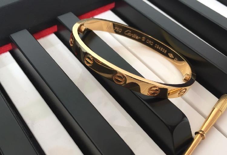 Pulseira bracelete estilo cartier love