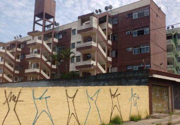 Apartamento cohab 2 medio reforma antiga, com garagem
