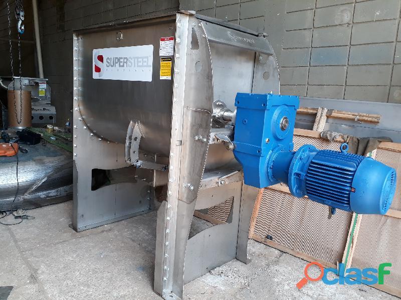 Máquinas para demarcação viária