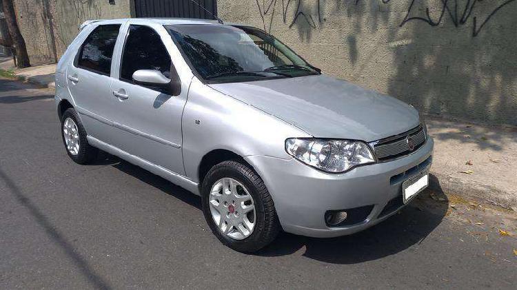 Fiat palio hlx 1.8 mpi 8v 103cv 4p