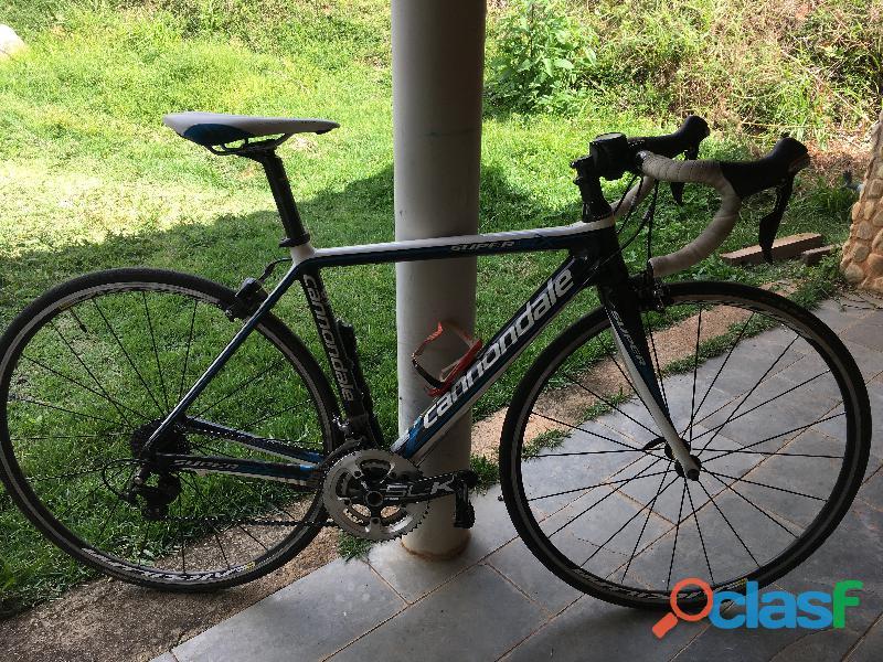 Bicicleta cannondale super six