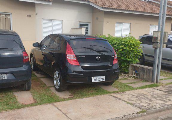 Hyundai i30 2010 preto automatico tel 986742884