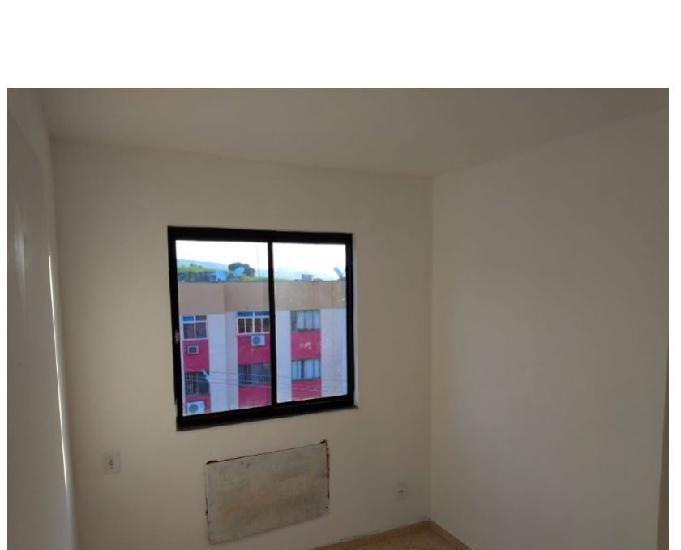 Apartamento 03 quartos cond. gaivotas campo grande