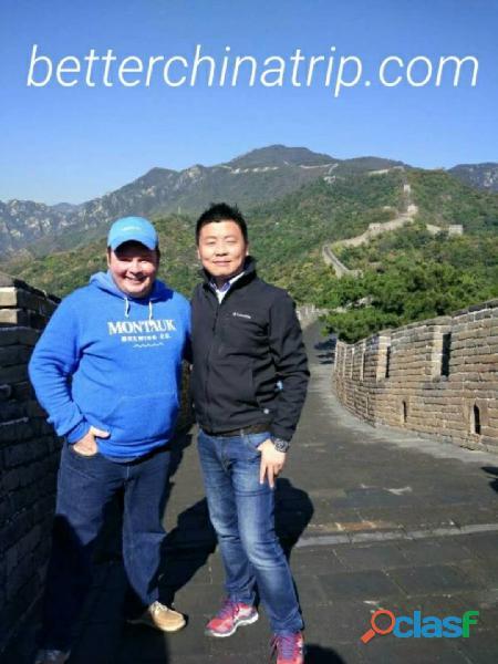 Escala da Grande Muralha de Pequim com guia turístico em espanhol