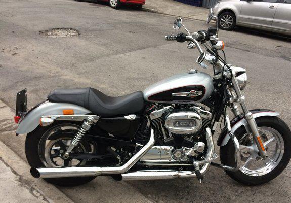 Harley davidson sportster xl 1200 custom 2015 prata