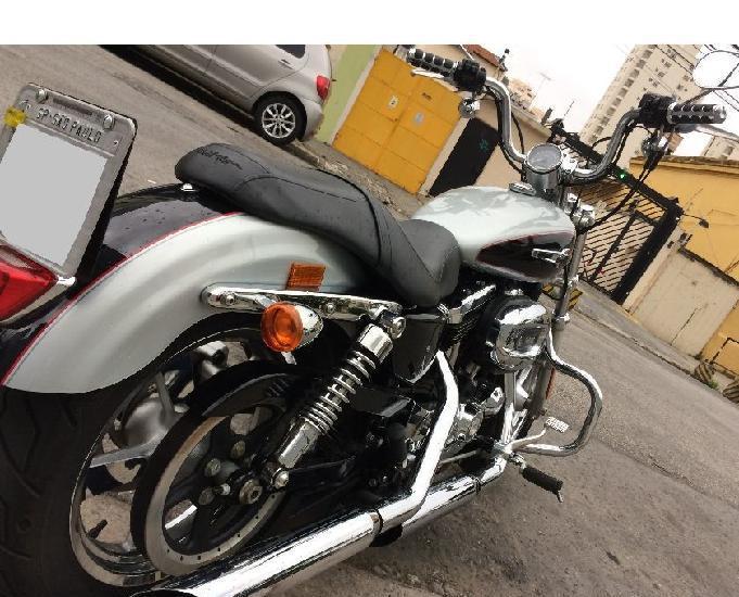 """Harley davidson sportster xl 1200 custom 2015 quase """"zero"""" !"""