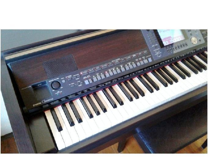 Piano digital yamaha clavinova cvp-503 em perfeito estado
