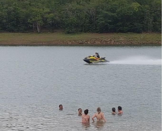 Lotes de 1000mts na beira do lago corumbá 4