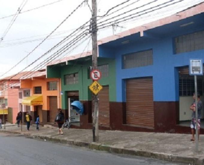 Prédio comercial de esquina em betim