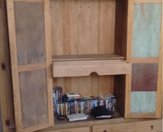 Guarda-roupas rústico madeira demoliçao.