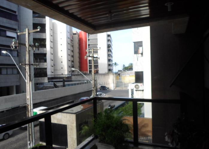 Ponta verde amplo apto com 4 quartos 2 suites 2 vgs local