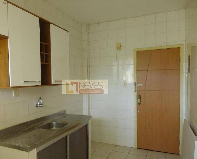 Apartamento com dois quartos. costa azul. código ap0029