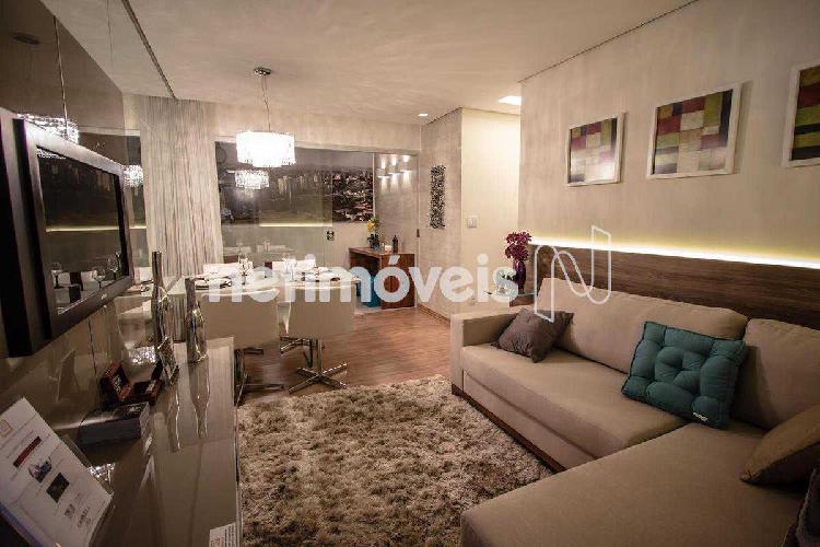 Apartamento, castelo, 3 quartos, 2 vagas, 1 suíte