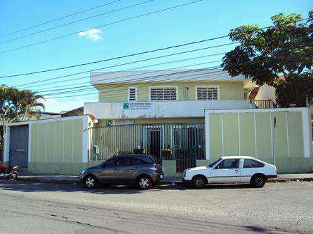 Casa comercial, planalto, 5 quartos, 6 vagas, 1 suíte