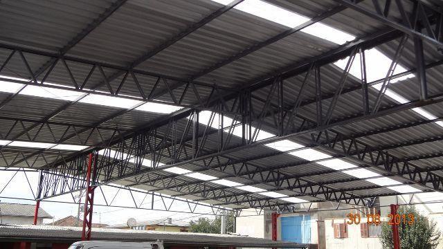 Conserto, reforma, construção de telhados e calhas