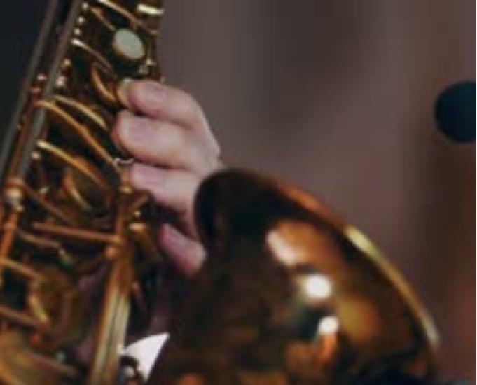 Aulas de saxofone na zona leste