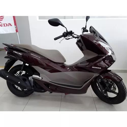 Honda pcx 150 deluxe, automatica e economica painel digital