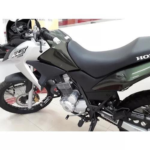 Honda xre300, freios a disco, injeção eletronica, painel
