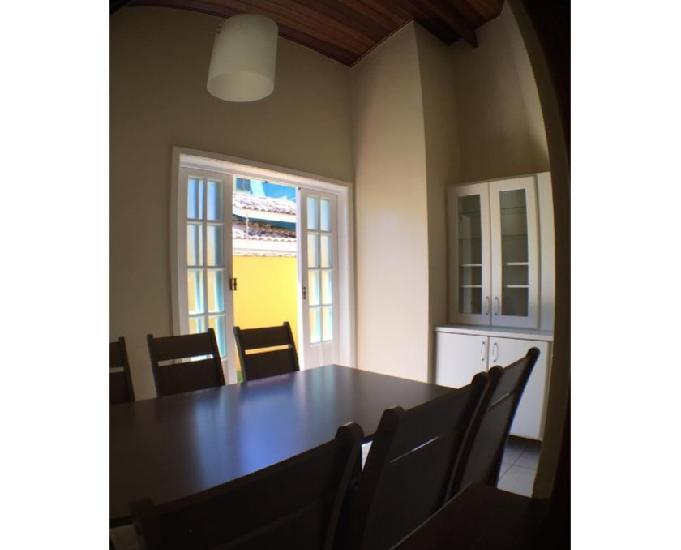 Locação definitiva sobrado 2 suites pereque açu ubatuba