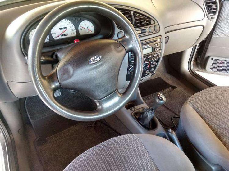 Ford fiesta sedan street 1.6 8v 4p