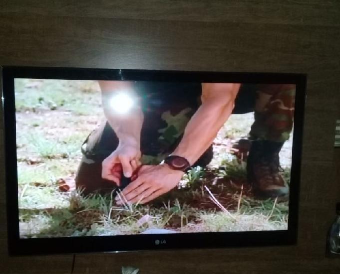 Venda de uma tv de 47 polegadas da marca lg