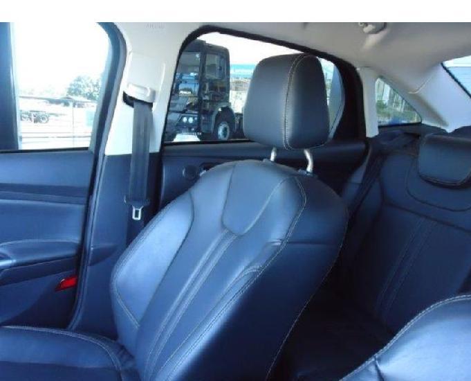 Ford focus sedan 2.0 titanium automático - 2015