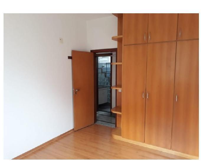 Aluga santo agostinho 03 quartos garagem 120m² próxim