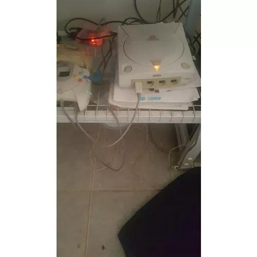 Dreamcast completo c/ 2 controles + vga box + 3 vmus + cabos