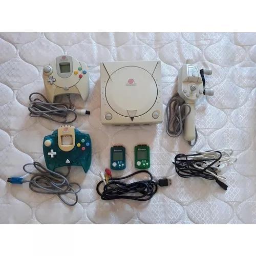 Vendo dreamcast japones, 22 jogos originais + 2 controles