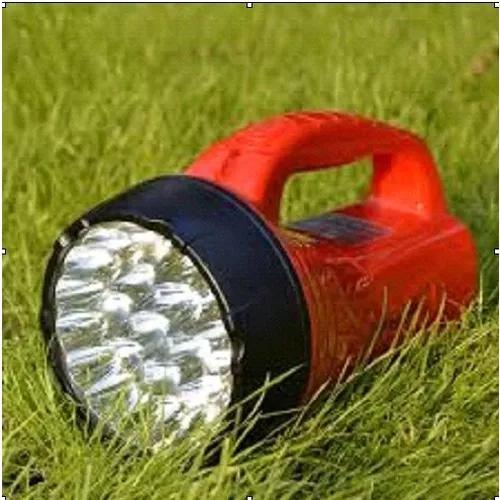 02 lanterna de leds recarregavel uso
