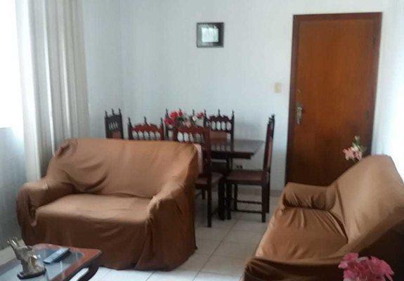 Apartamento de 02 dormitorios totalmente mobiliado e