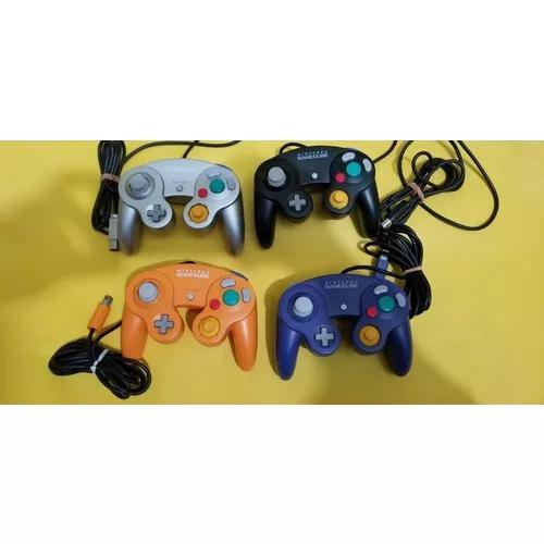 Lote de 4 controles originais nintendo gamecube.