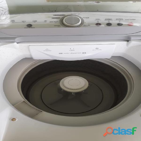 Vende se uma lavadora brastemp 11kg com defeito semi nova conservada
