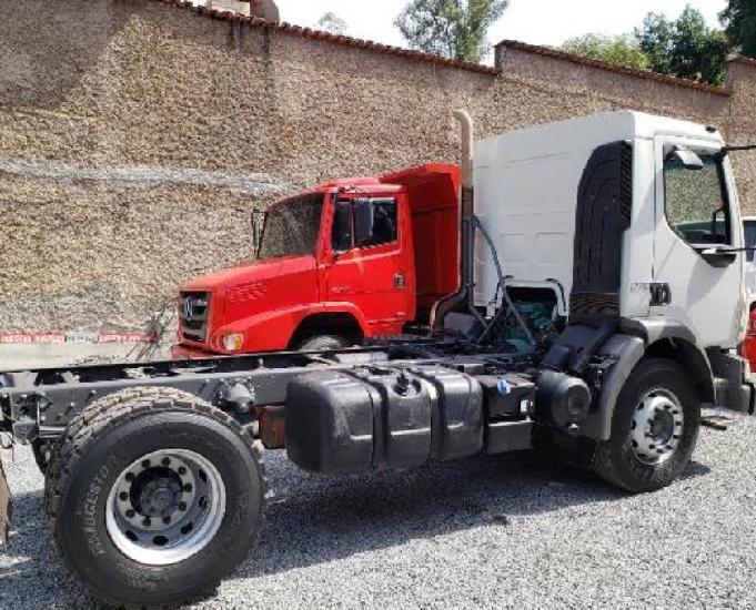 Volvo vm 270 4x2 r ano 20132014 km 77.891 (impecável)