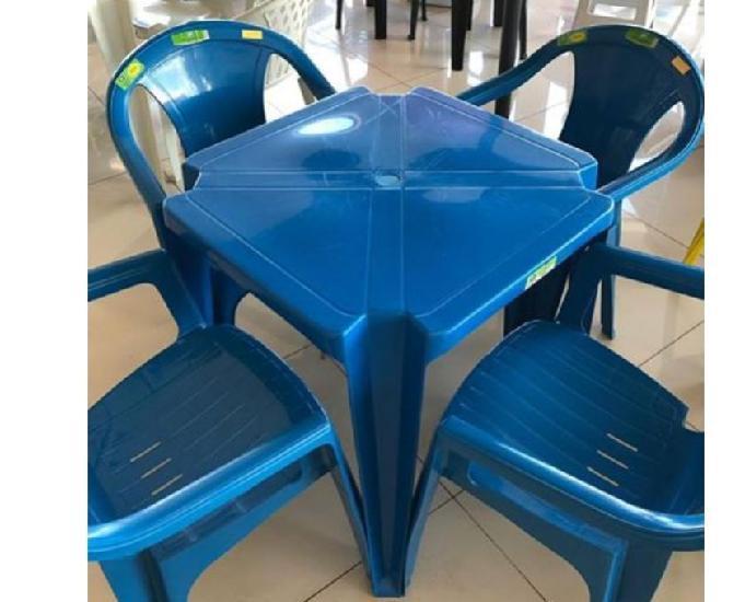 Jogos de mesa plástica