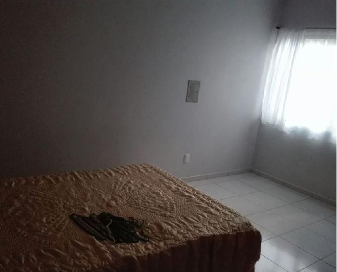 Quarto em apartamento