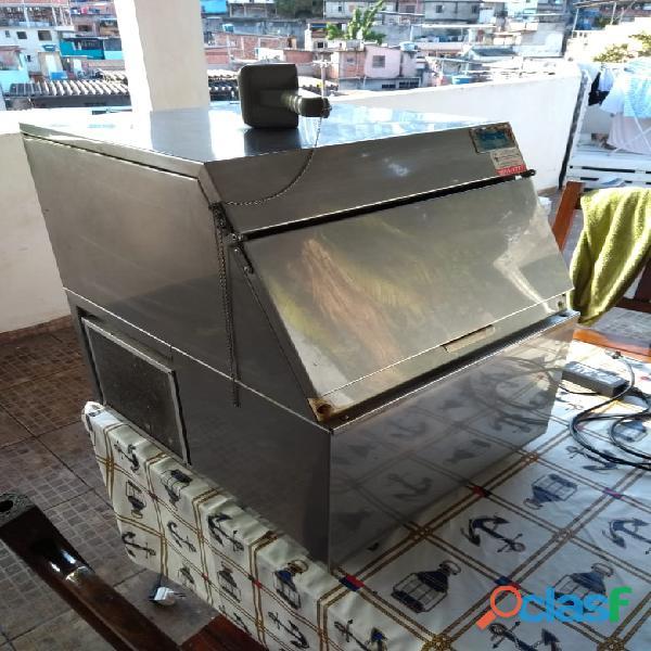 Máquina de gelo everest