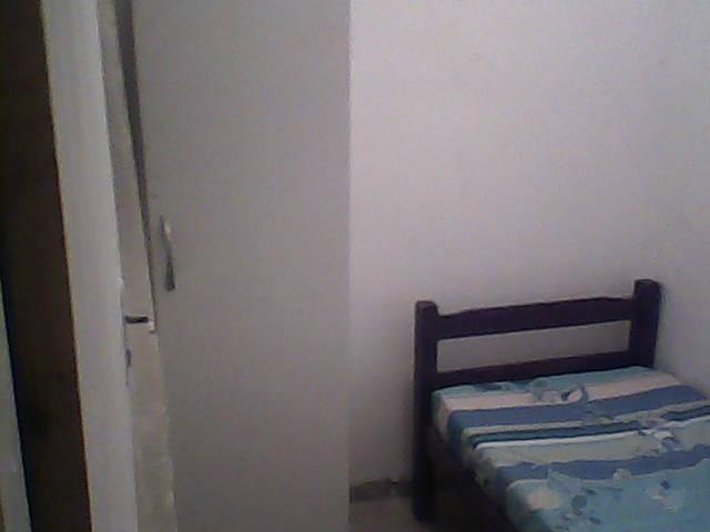 Aluguel barato quarto mobiliado para mulher