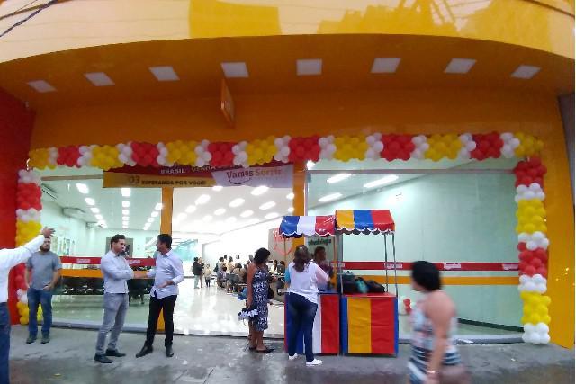 Decoração com balões para festas e eventos
