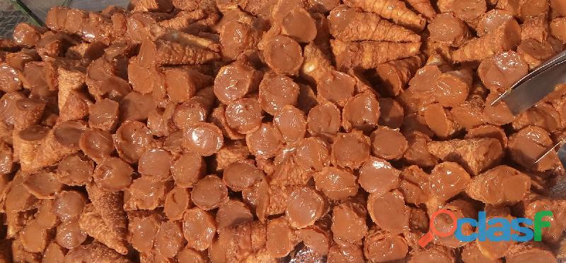 Vendedor ambulante de doces artesanais